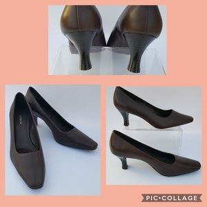 Classic Leather Brown Heel * Size 7M